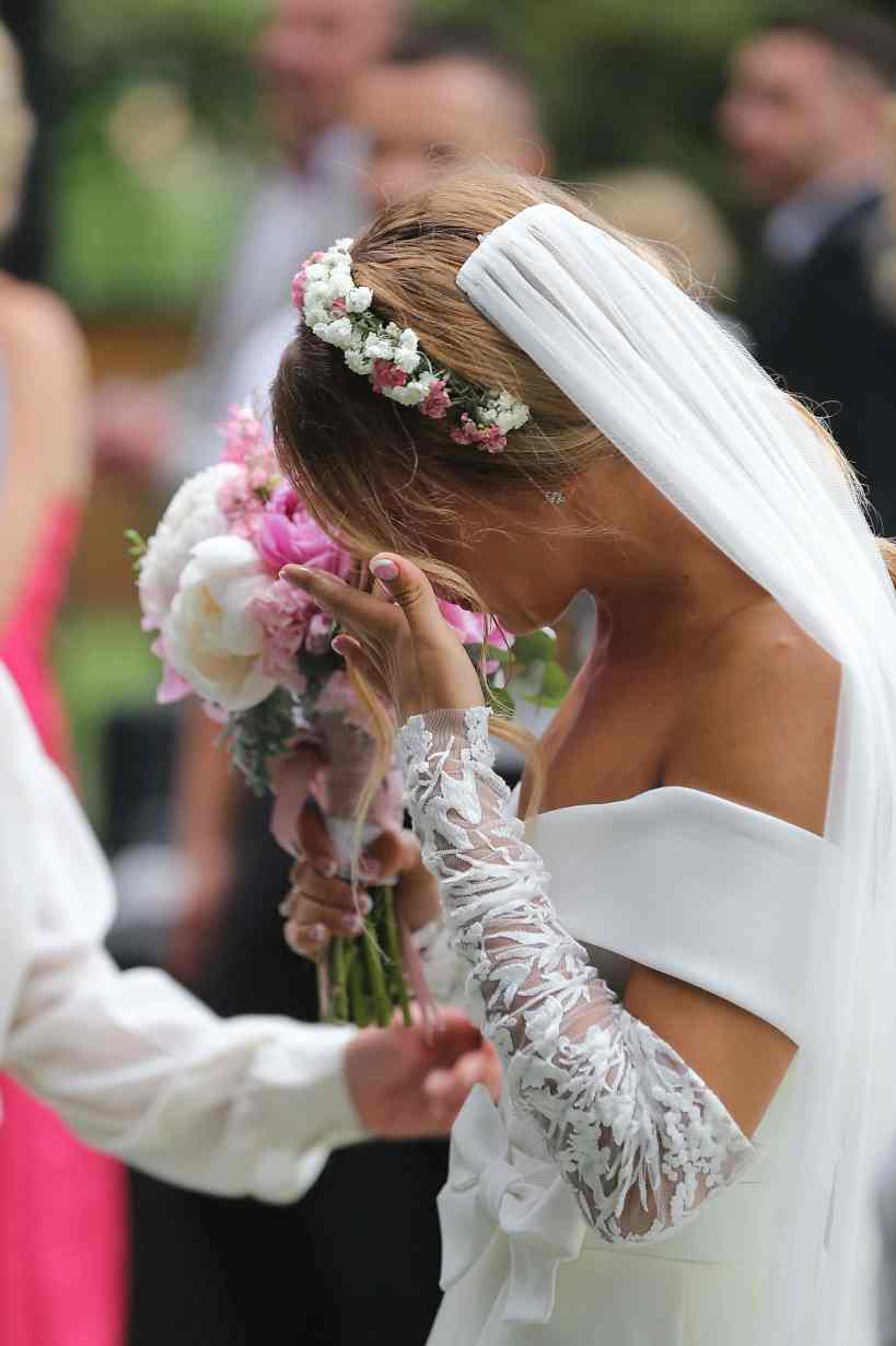 Crying Bride photo